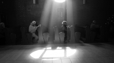 """OBECNOŚĆ / PRESENCE - Zdjęcie nagrodzone nagrodą Grand Prix w konkursie fotograficznym """"Oblicza Kościoła Łódzkiego"""" w czerwcu 2013 zorganizowanym przez Wydział Duszpasterstwa Młodzieży Archidiecezji Łódzkiej pod patronatem Arcybiskupa Marka Jędraszewskiego, Metropolity Łódzkiego. Picture won the Grand Prix award in competition """"The face of Lodz's Church"""" organized by the Young Christian's Department under Metropolitan Archbishop's Marek Jęndraszewski patronage in June 2013"""